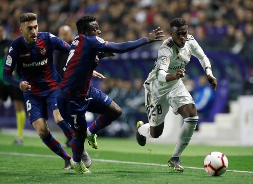 Levante - Real Madrid összefoglaló Vinicius
