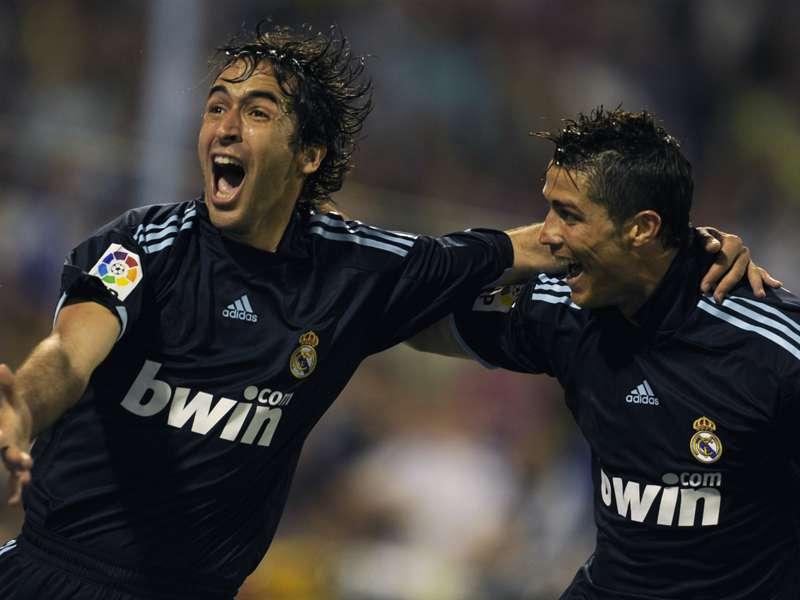 VIDEÓ – Raúl utolsó gólja a Real Madridban